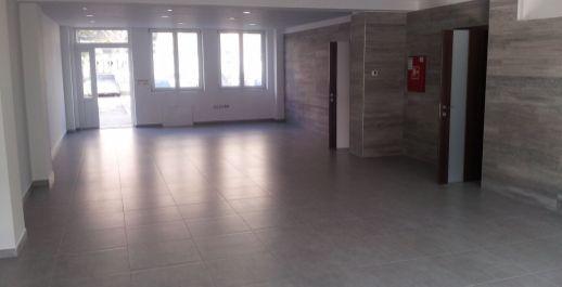 Na prenájom showroom,administratíva,sklady 60m2,107m2,165m2, Bratislava-III.