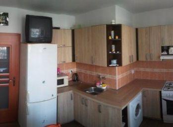 Predáme 4 izbový byt s loggiou - Furča