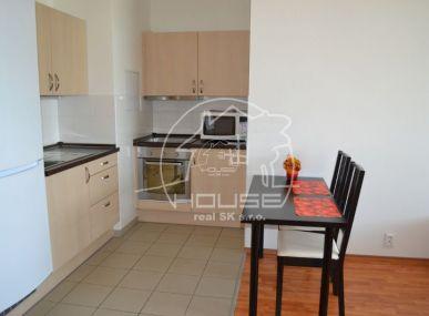 PRENÁJOM: 1 izbový byt v BA IV Záhorská Bystrica