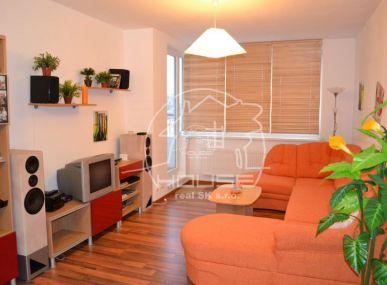 PRENÁJOM: 2 izbový byt, kompletne zariadený, npvostavba, Bratislava Ružinov, Jegeho ulica