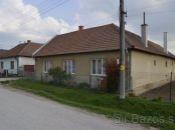 Na predaj rodinný dom v obci Čeľadince
