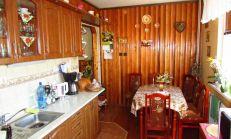 Na predaj zrekonštruovaný 3,5 izbový byt s loggiou, Prešov Sekčov.