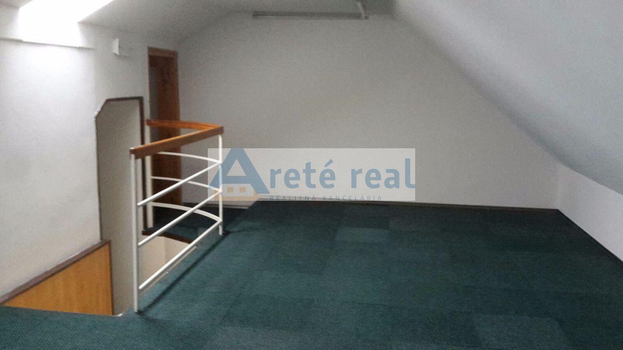 Areté real, Prenájom administratívnych, kancelárskych a obchodných priestorov v úplnom centre Pezinka