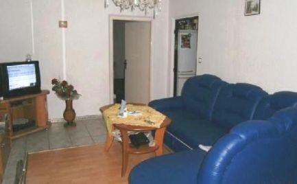 Na predaj veľký 2 izbový byt s lodžiou v Brezne-Západ po čiastočnej rekonštrukcii