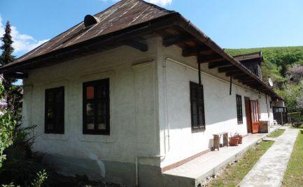 GEMINIBROKER Vám ponúka na predaj čiastočne zariadený dom v Maďarsku v obci Kishuta.
