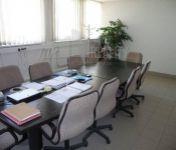 Na prenájom administratíva 227m2,1NP, lokalita Bratislava-Dúbravka