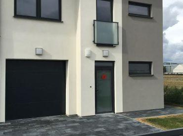 POSLEDNÉ 3 DOMY OD 162500!!! www.alejprihradzi.sk ! Dom o rozlohe od 225m2, 7 izieb, garáž + 2 x parkovanie, pozemok 400m2! Výborná cena!