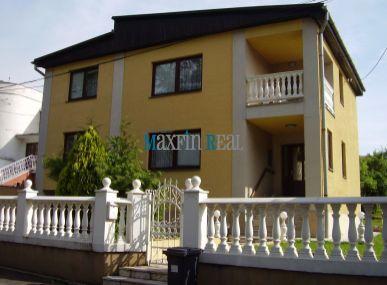 MAXFIN REAL – na predaj rodinný dom v Leviciach ul. F. Engelsa