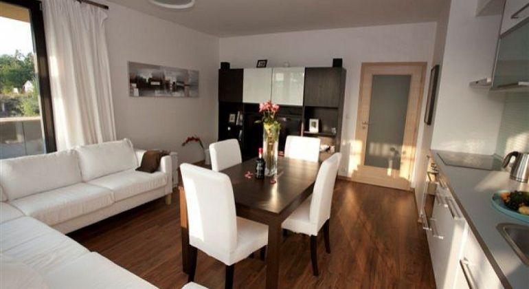 Dubnička - BN / 2 izbový byt / kompletná rekonštrukcia IHNEĎ VOĽNÝ