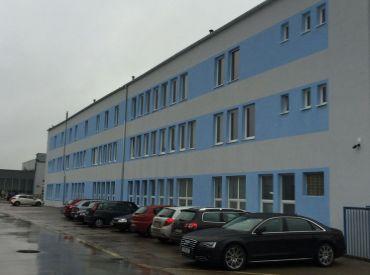 JJ Reality - Kancelárske a skladové priestory / Trnava, Mikovíniho ul. / sklad s plochou o výmere 2000 m2