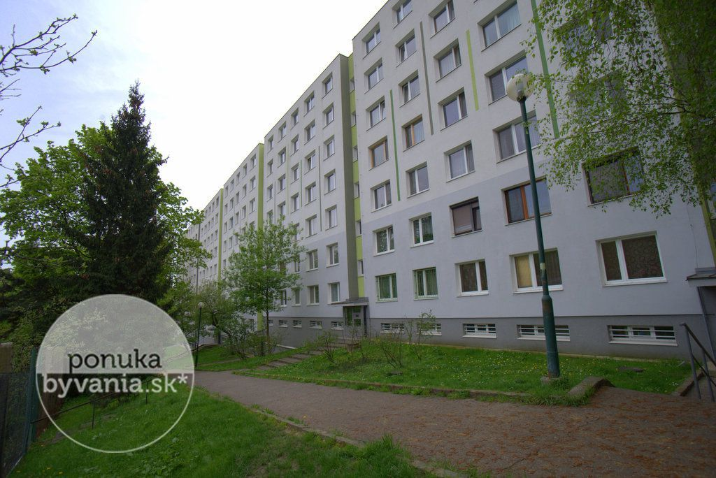 ponukabyvania.sk_Pod Rovnicami_4-izbový-byt_archív