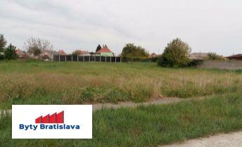 Byty Bratislava ponúka na predaj stavebný pozemok, Horná Potôň, okr. Dunajská Streda