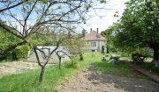 Nové zníženie predajnej ceny : Rodinný dom s veľkou záhradou - Piešťany
