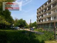 100% aktuálny !!! Po kompletnej rekonštrukcii apríl, máj 2016, veľký 2,5 izbový byt 61m +, 3x balkón,  v blízkosti parku Janka Kráľa - Trnava