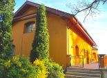 PREDAJ: 3-podlažná vila s krásnym výhľadom, Karlova Ves, nad Devínskou cestou, pozemok 743 m2