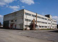 Výrobná hala s administratívnou časťou