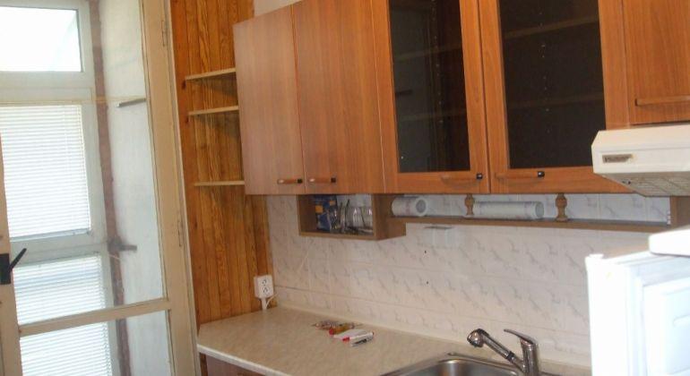 Predaj 2 izbový byt 51 m2/ čiastočná  rekonštrukcia / Prievidza - Zapotôčky/