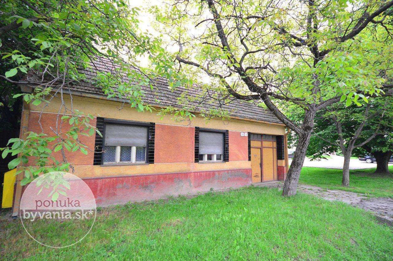 ponukabyvania.sk_Chorvátska_Rodinný-dom_archív