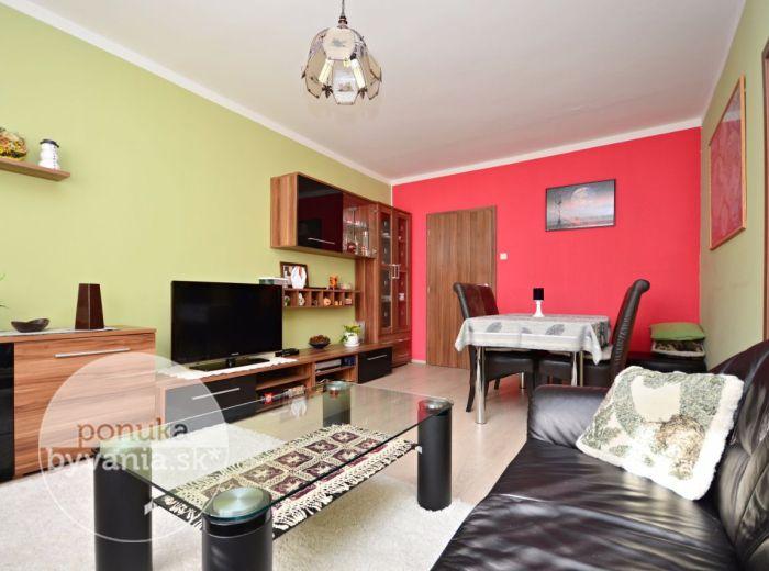 PREDANÉ - JANKOLOVA, 3-i byt, 74 m2 - príjemne ZREKONŠTRUOVANÝ byt, v ZATEPLENOM dome, lokalita plná zelene, PETRŽALKA - OVSIŠTE