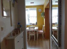 Senec - NA PREDAJ 2,5 izbový zrekonštruovaný, nízko nákladový, slnečný, tehlový byt s podlahovým kúrením a klimatizáciou – ul. Pribinová v Senci