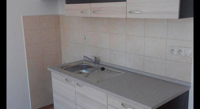 Exklúzivne iba u nás! 1.-izbový byt po kompletnej rekonštrukcií vo výbornej lokalite!