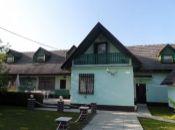 REALITY COMFORT -  Zariadený rodinný dom po kompletnej rekonštrukcii - VÝRAZNE ZNÍŽENÁ CENA !