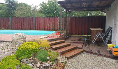 Krásny gazdovský rodinný dom s bazénom, predaj, Košice-Západ, Myslava