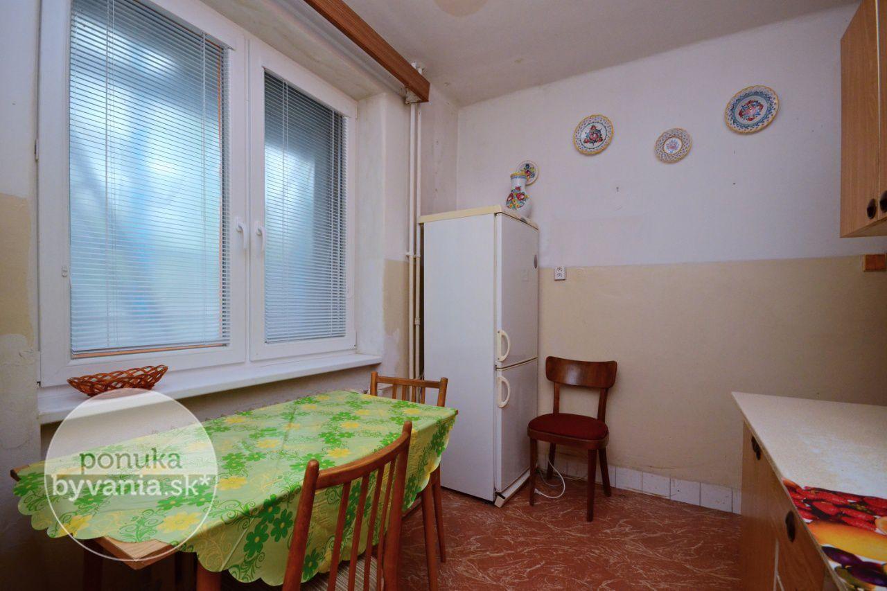 ponukabyvania.sk_Uránová_3-izbový-byt_archív