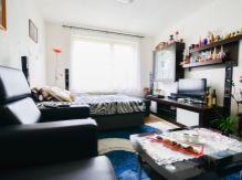 ! ZNÍŽENÁ CENA ! 1-izbový byt v obľúbenej lokalite Lipt. Hrádku
