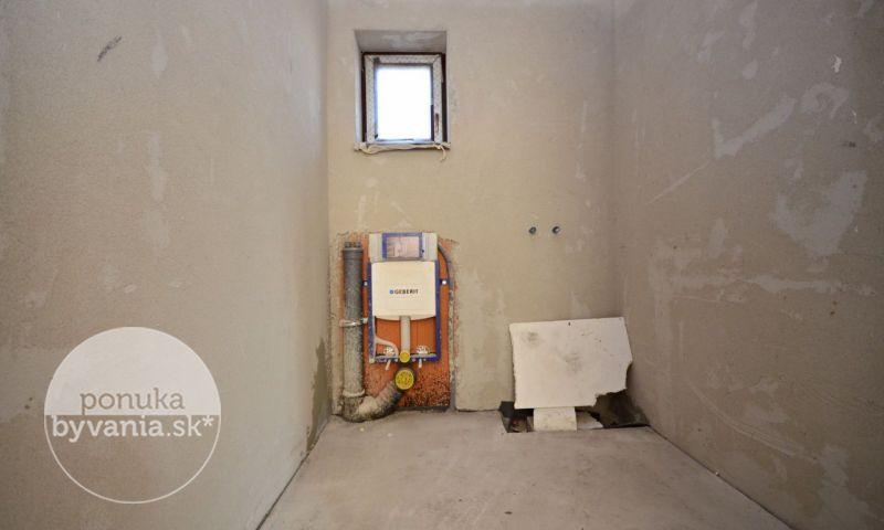 ponukabyvania.sk_Alžbetin Dvor_Rodinný-dom_archív