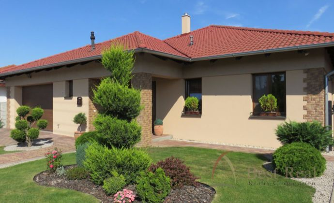 Best Real - Luxusný bungalov kompletne zariadený, bazén, dvojgaráž