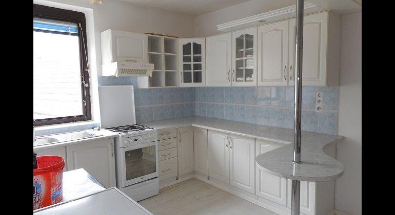 Peťovka, 4-izb. domček, 503 m2 pozemku, 53.000 Eur