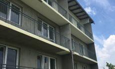 PREDAJ,PREDANÉ 3i byt s loggiou v novostavbe v obci Kočovce - Rakoľuby