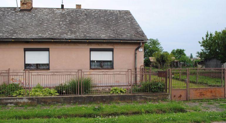 Predaj Rodinné domy Pohronský Ruskov
