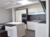 REALITY COMFORT - Na prenájom exkluzívny 4-izbový apartmán (113 m2) s priestrannou terasou  v Bojniciach.VÝBORNÁ POLOHA!!