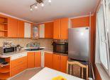 Senec, Bratislavská: Prenájom 3izb bytu 65m2 4/8p zariadený rekonštruovaný