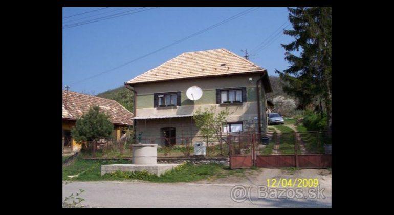 Predaj Rodinné domy Čebovce