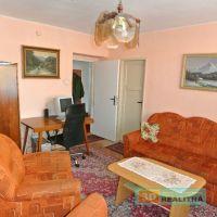 2 izbový byt, Prievidza, 64 m², Pôvodný stav