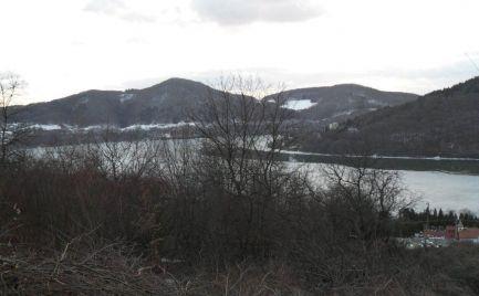 POVAŽSKÁ BYSTRICA - MILOCHOV pozemok pri vonej nádrži NOSICE o výmere 2.566 m2