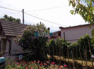 Maxfin Real - REZERVOVANÉ! Na predaj rodinný dom v Šoporni