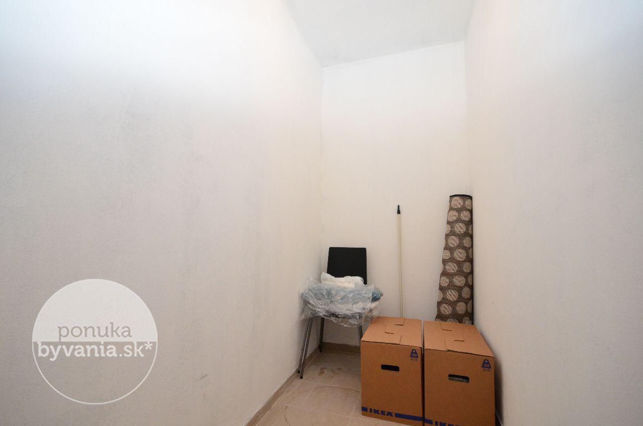 ponukabyvania.sk_Hlbinná_2-izbový-byt_archív