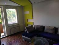 REALFINANC - 100% aktuálny - Ponúkame na predaj 3 izbový byt s balkónom, 70 m2 po čiastočnej rekonštrukcii na ulici A.Kubinu, Trnava !!!