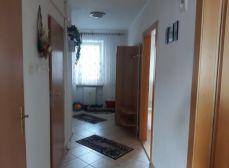 ACT Reality -64m2 byt v tehlovom dome na starom sídlisku KOMPLETKA