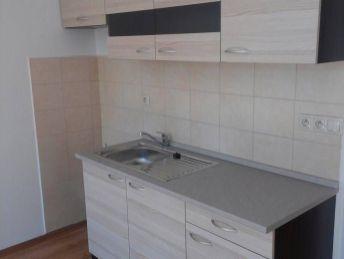 1 izbový byt vo výbornej lokalite! Kompletná rekonštrukcia!