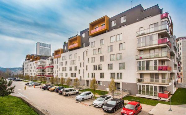 Veľkometrážny 3-izbový byt v novostavbe Rezidencia CUBICON s nádhernou terasou