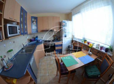 PREDAJ: 4 izb, byt s loggiou, Stupava, Hlavná ulica