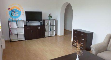 Na prenájom byt 4+1 s veľkými lodžiami a garážou, 85 m2, Trenčín, J. Zemana