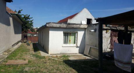 Pozemok pre stavbu rodinného domu v tichej ulici