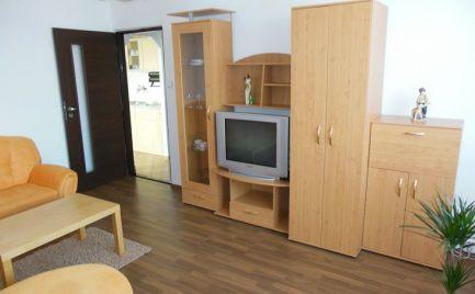Prenájmeme komplet zariadený 3 izb byt v Samorine