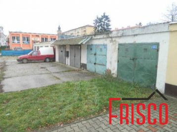 Predáme garáž na Poštovej ul. v Seredi
